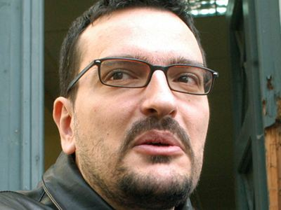 Troktiko - Controversial Greek blog administrator is assassinated