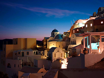 Frank Schilling buys Greece