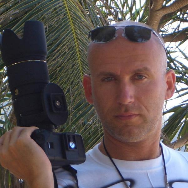 Alexander Schubert ready to shoot.