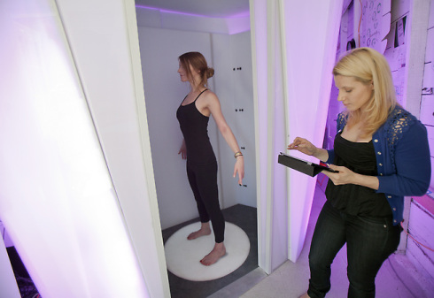 Example of 3D body scanner for fashion purposes.