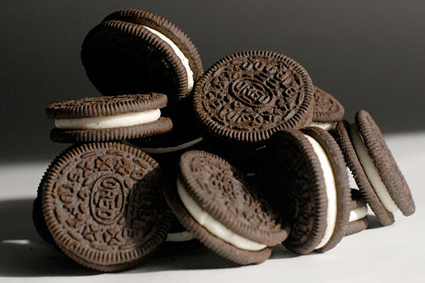"A bunch of Oreo cookies, collectively ""oreos."""