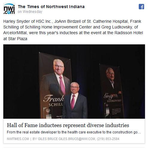 Frank Schilling receives award.